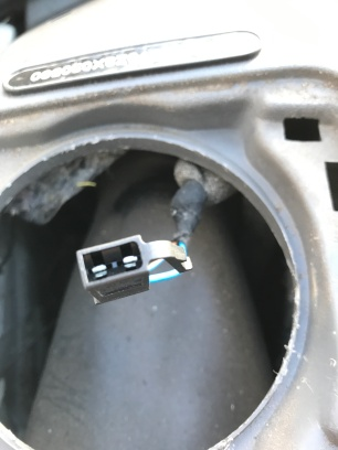 VW T4 dash speaker connector