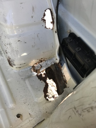 Vw t4 rust behind the wheel arches